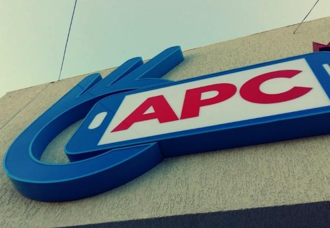 APC 2 – ACCESORIOS PARA CELULARES